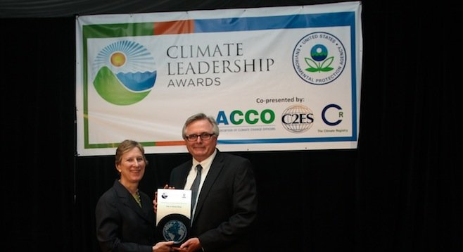 City of Chula Vista assistant city manager Gary Halbert accepts award from Beth Craig, director of the EPA's Climate Protection Partnerships division