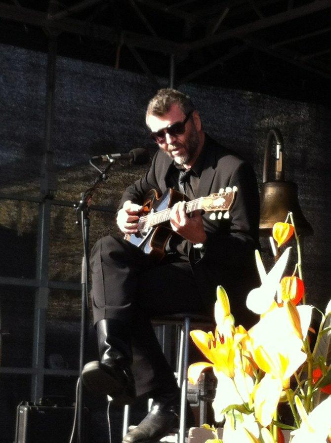Kauko Röyhkä performs at the fest.