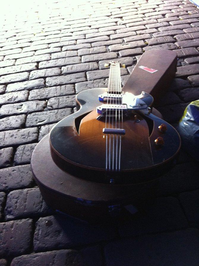 Kauko Röyhkä's handmade Finnish guitar.