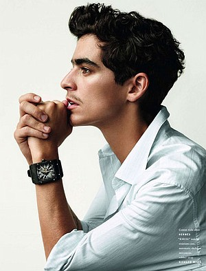 Dance-pop anti-diva  JD Samson sets up at Bar Pink Thursday night.