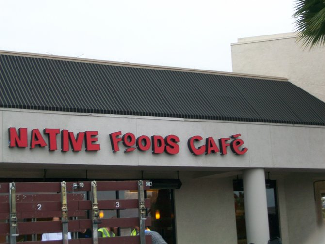 New eatery coming to Loma Square.