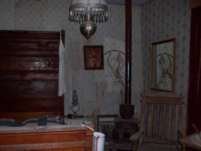 Wyatt Earps bedroom.