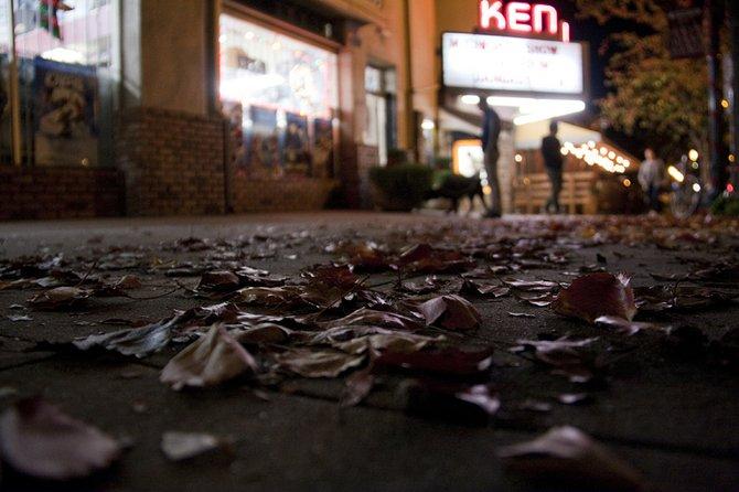 Ken theater, Kensington