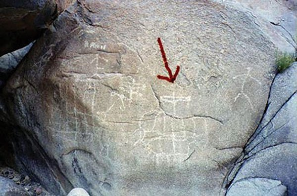 These petroglyphs depict a Spanish sailing ship. Exactly which ship is a matter of debate.