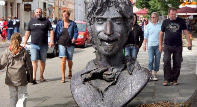 Bust of onetime San Diegan Frank Zappa in Palermo, Sicily
