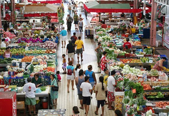 The capital's main market, Marché de Papeete.