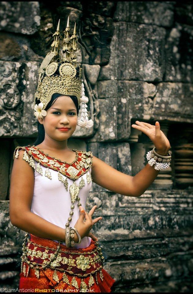 Apsara Dancer at the Bayon temple in Angkor Wat, Cambodia, Southeast Asia. www.SamAntonio.com