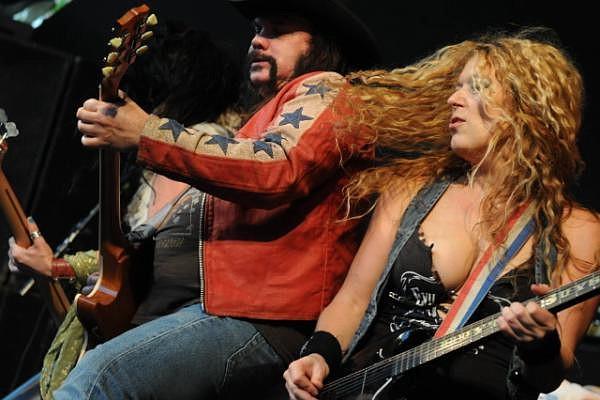 Atlanta band Nashville Pussy will Up the Dose at Soda Bar on Friday.