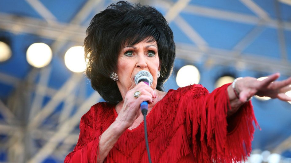 Rockabilly royalty Wanda Jackson graces the stage at Casbah Saturday night.