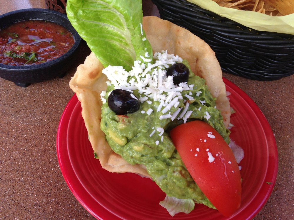 Housemade guacamole at Casa Sol y Mar