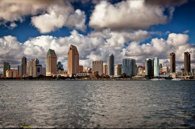Neighborhood: Coronado. Downtown San Diego skyline from Centennial Park. © www.SamAntonio.com