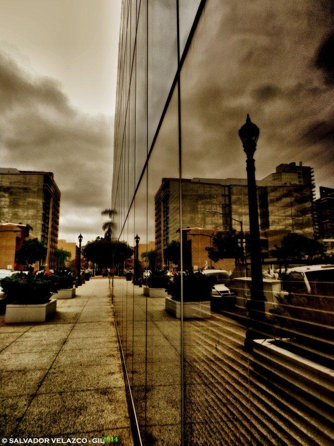 Neighborhood Photos DOWNTOWN SAN DIEGO Reflections on Columbia´s Place