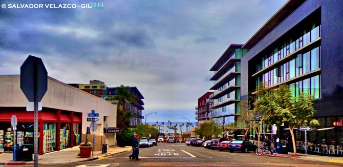 Neighborhood Photos DOWNTOWN SAN DIEGO Looking at the bay from India Street.