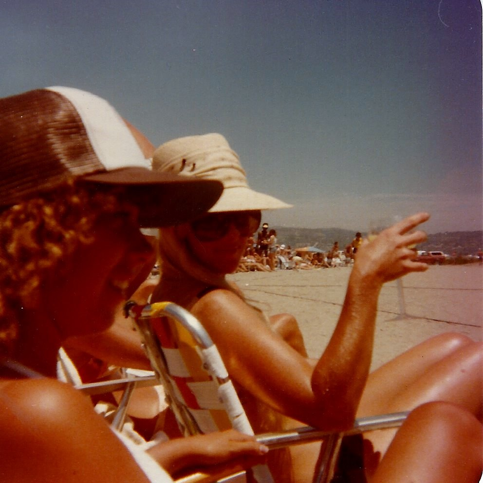 Candice Reed (foreground) and friend enjoy a cocktail at OTL in 1980.