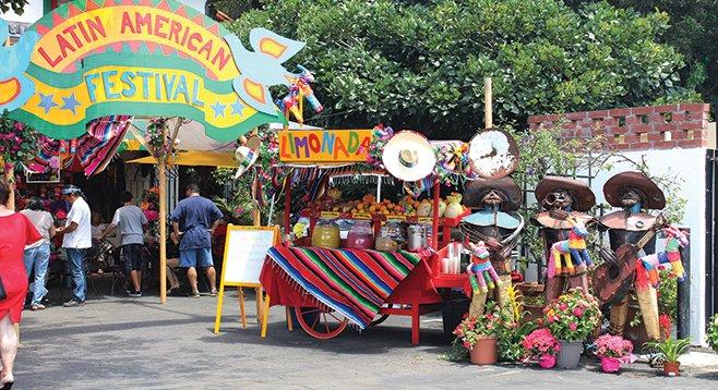 Mata Ortiz Pottery Market