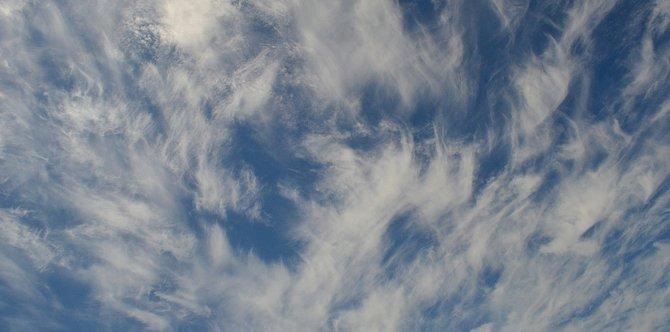 Cirrus clouds over Leucadia in August 2014.