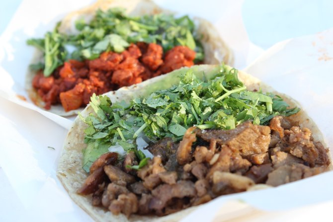Gluten-based carnitas and adobada tacos from Alternativa Vegetariana.