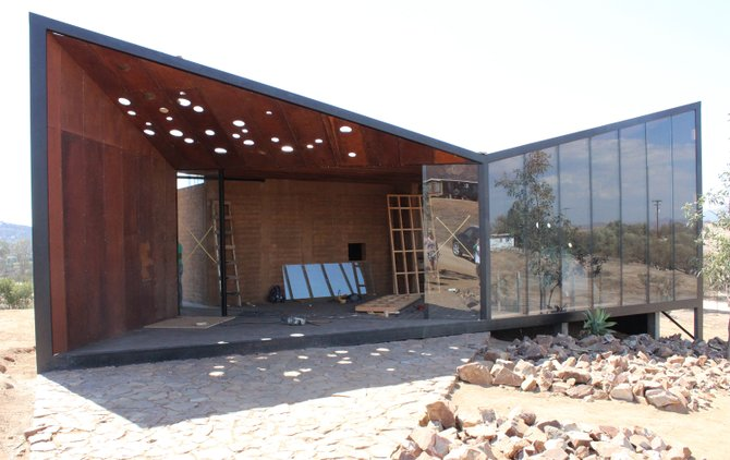The origami-inspired facade of the work-in-progress tasting room at Valle de Guadalupe's Media Perra Cerveza Artesanal - Image by @sdbeernews