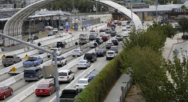 Traffic at the San Ysidro border crossing, 9:00 a.m. on September 20