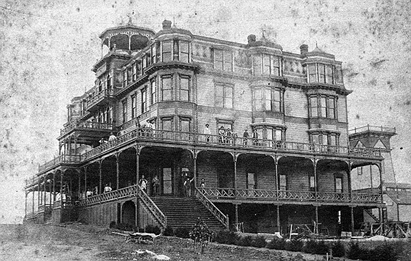 Hotel Carlsbad in 1888. It went up in flames on April 4, 1896.