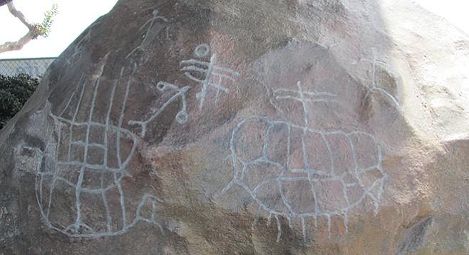Plastic petroglyphs re-created at the San Salvador build site