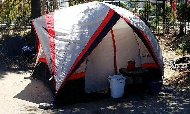 Until recently, Saska was living in this tent