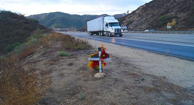 Memorial for Daveionne Kelly on the I-15, near the 395 exit