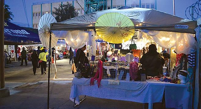 Nocturnal bazaar