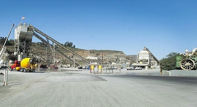 Cement plant near Grantville