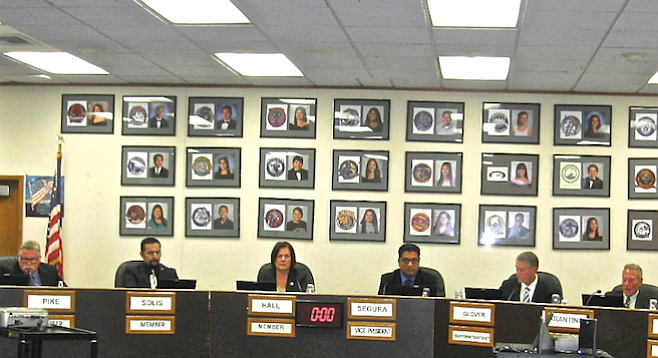 Newly elected Sweetwater trustees