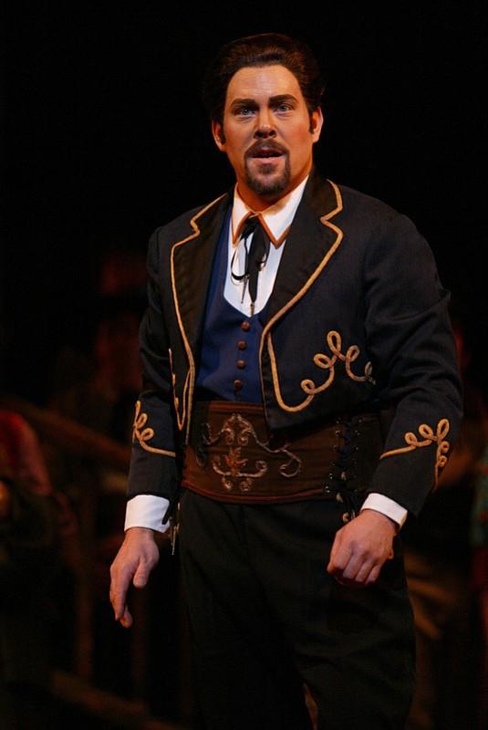 Malcolm MacKenzie as Escamillo from Carmen.