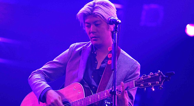 Former Smashing Pumpkins guitarist James Iha will spin DJ sets around Glasmus and Flaggs at the Hideout on Friday.