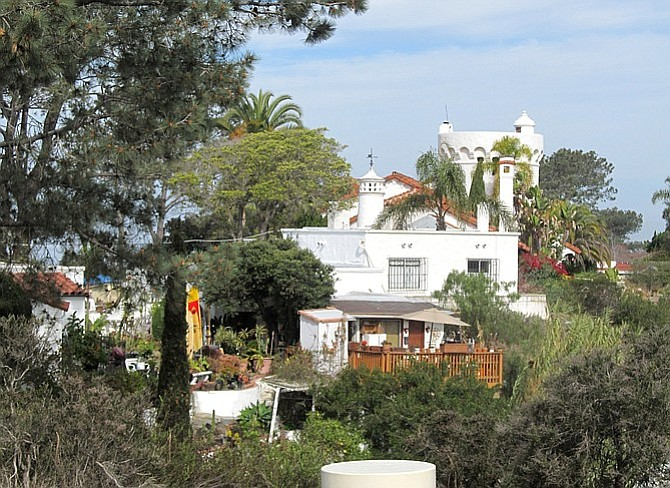 Del Mar Castle.