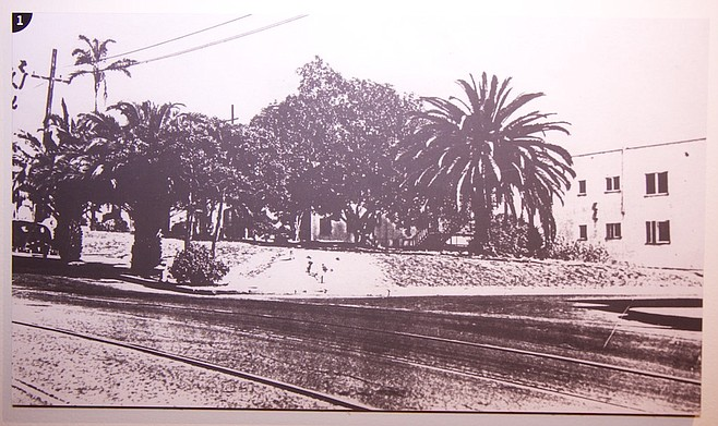 Photos past and present of Reader building in Golden Hill photo