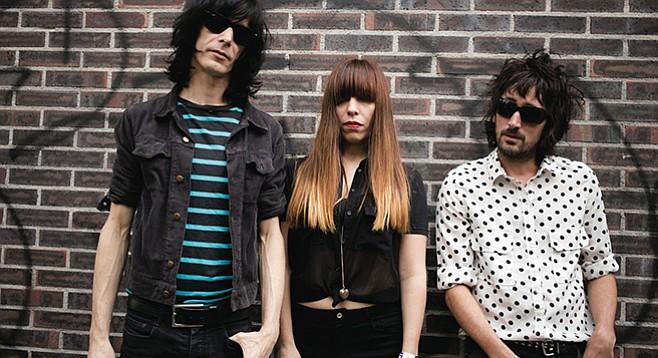 Garage/glam trio Capsula of Bilbao, Spain, loves local border bounce.