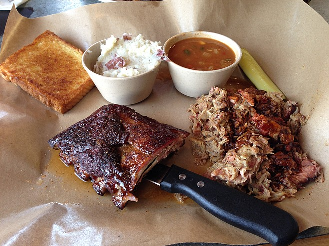 Platter with ribs and pulled pork