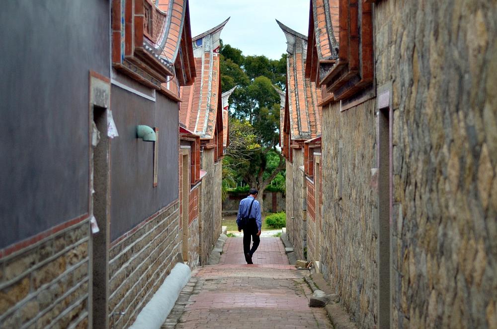 Wandering on a Kinmen side street.