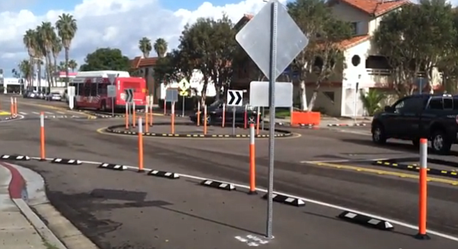 Test roundabout at 9th Street and Donax Avenue