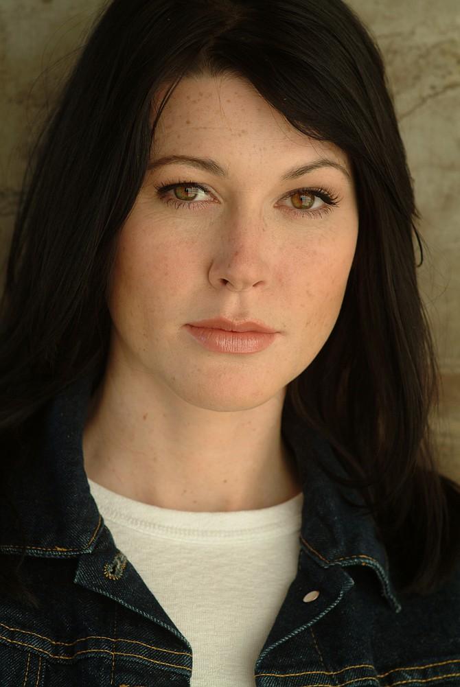 Amanda Sitton