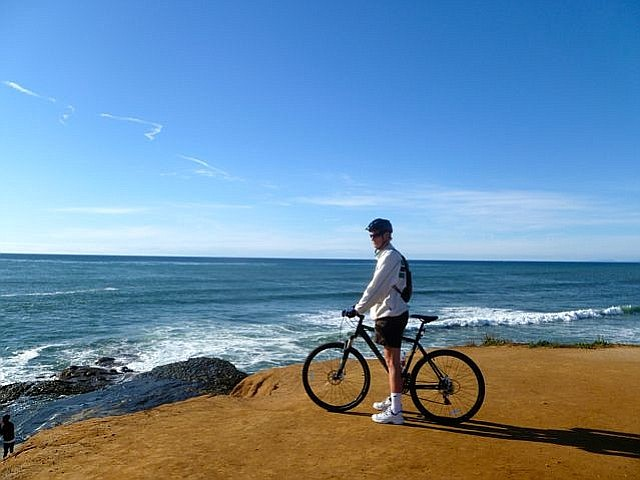 Taking in the view from Sunset Cliffs.