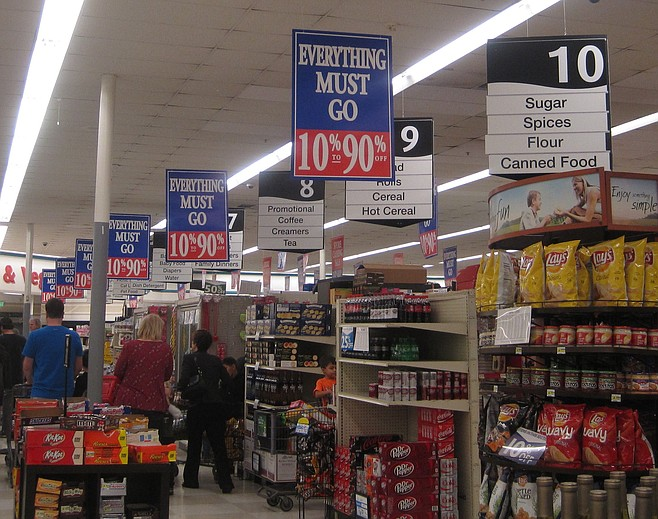 """At the Albertsons """"everything must go"""" sale, January 23, 2015"""