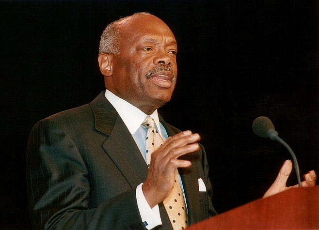Willie Brown. Malcolm used his influence with Mayor Willie Brown and staff in an attempt to set up a deal to allow Duke to operate that city's Hunter's Point power plant.
