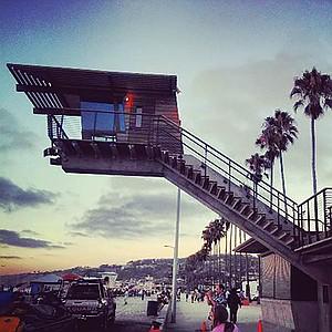 La Jolla Shores lifeguard tower