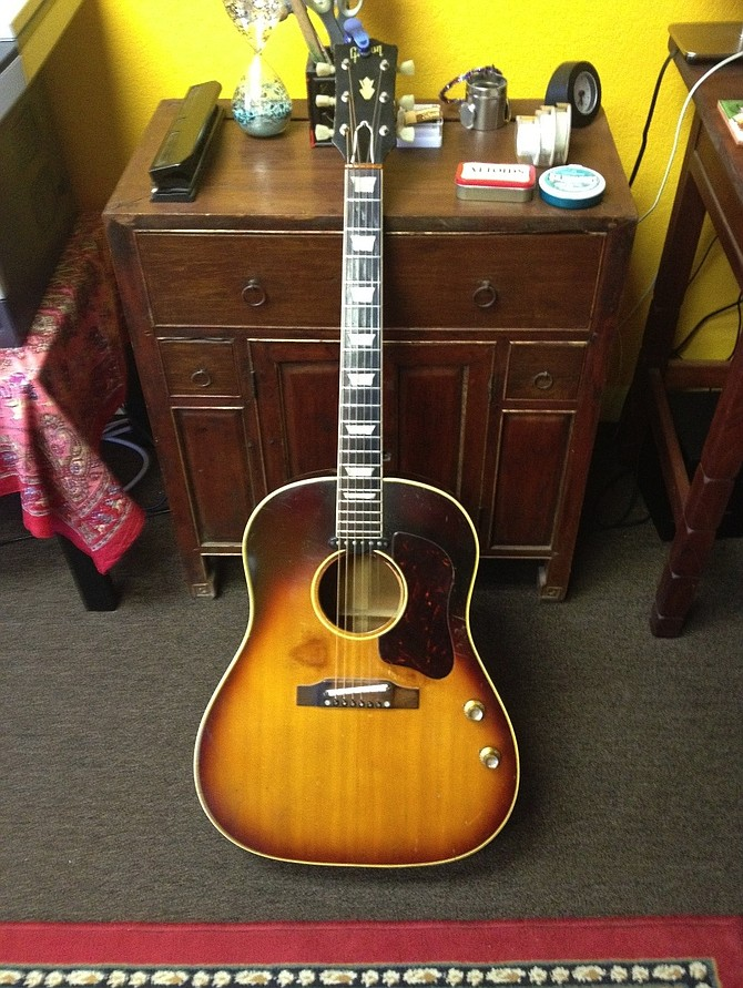 the unique guitar blog john lennon s 1962 gibson j160e guitar once thought lost has been. Black Bedroom Furniture Sets. Home Design Ideas