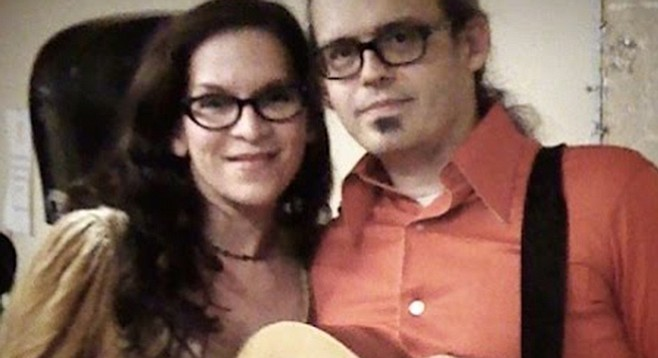 Alison Marae and Wil Forbis will host a mass ukelele event for Make Music Day.