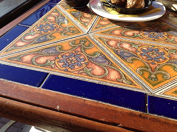Best table, quality tile
