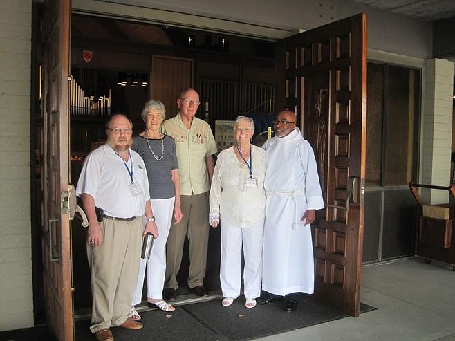 Ray Sifton, Dorothy Leonard, Dan Leonard, Shirley Bening, and Rev. Lonell Wright