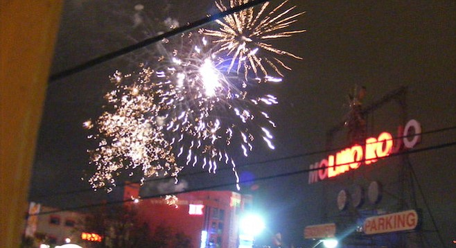 """Record numbers of """"oohs"""" and """"ahhs"""" in Tijuana's Zona Norte on Saturday night"""