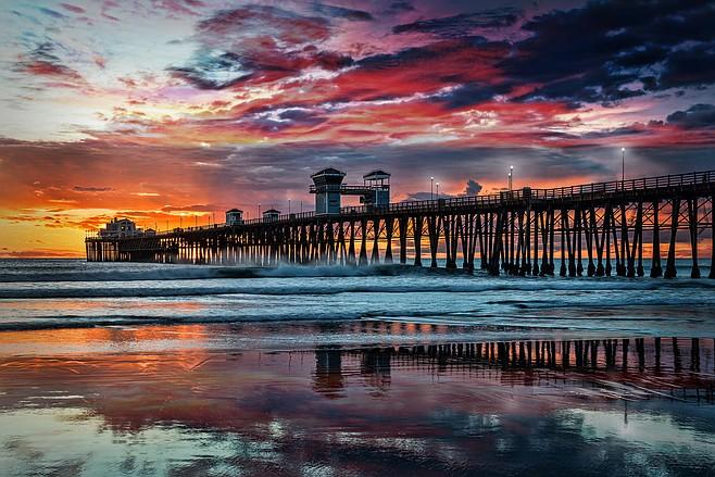 Oceanside oceanside pier at sunset oceanside is 40 miles for Oceanside pier fishing reports