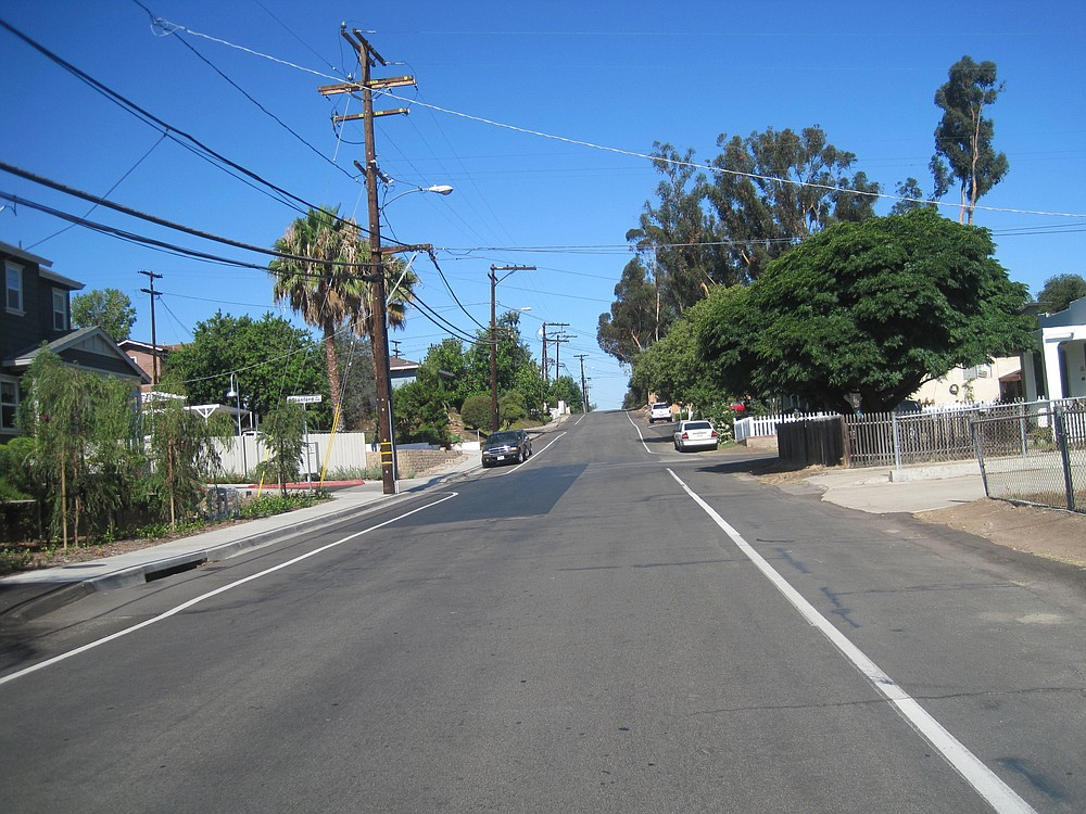 Edge-line striping on Stanford Avenue